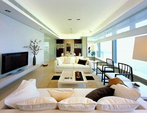 谁知道梁志天设计室设计一套110平米的房子要多少设计费,沿江的。