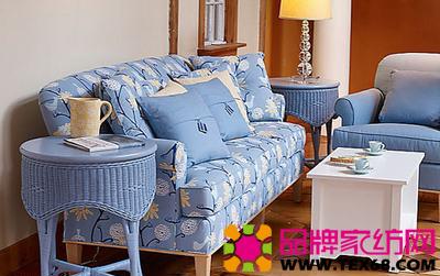 蓝色布艺沙发 装饰清爽客厅