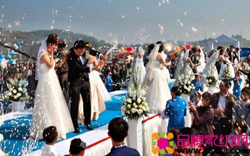 卡撒天娇深圳赞助浪漫集体婚礼