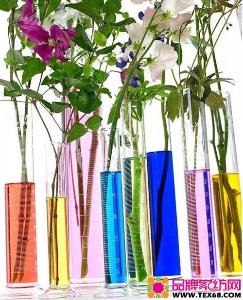 花瓶带花简笔画-莎鲨家纺邀你把浪漫春景请进家
