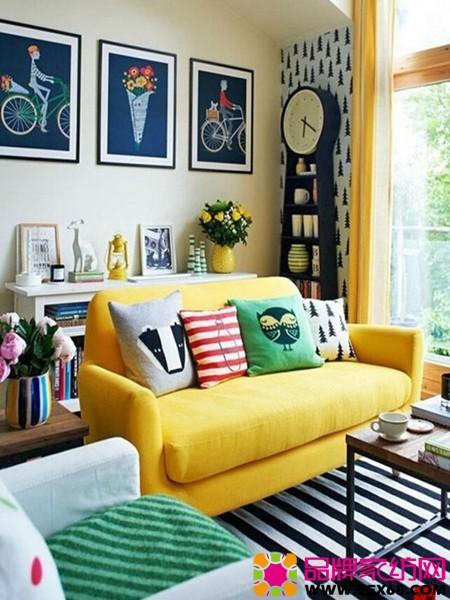 活潑跳躍的色彩搭配客廳風格