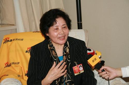 梦兰董事长钱月宝当选全国优秀企业家