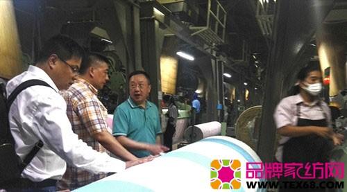 中国家纺代表团访问印尼毛巾企业 二