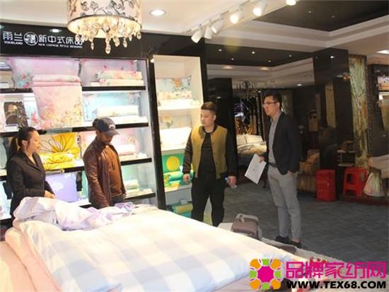 副总经理桂榛先生的热情接待陪同参观