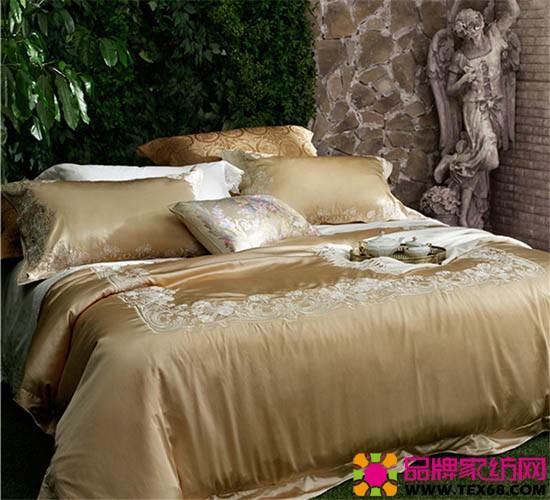 古典花卉刺绣床品