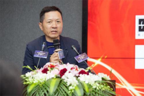 罗莱生活董事长薛伟成现场发言