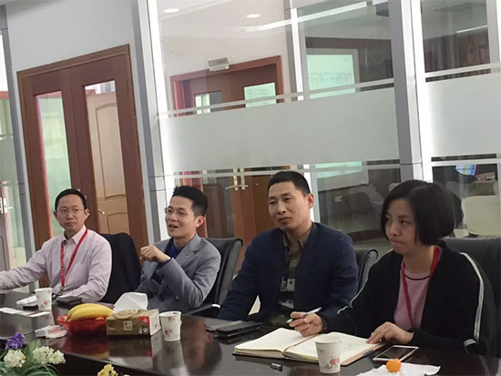 赵永辉对水星控股集团董事长李来斌进行采访
