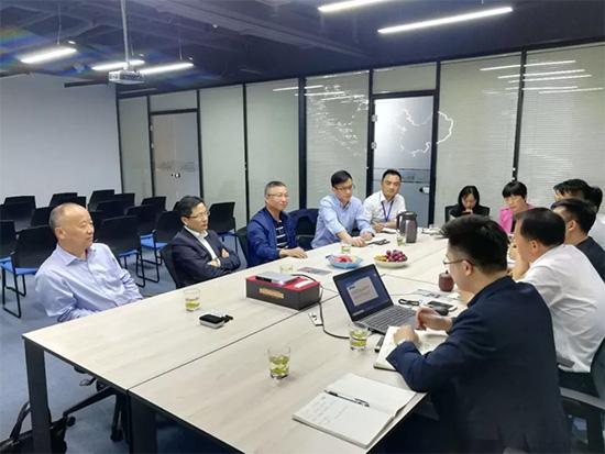 生产运营总监杨云辉汇报了新布道利用信息化手段升级情况