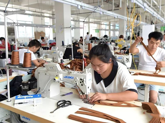 西平县服装产业发展迅速
