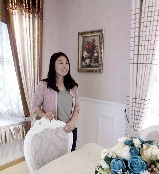 湖南长沙郁金香蝶依斓专卖店经理-刘灿