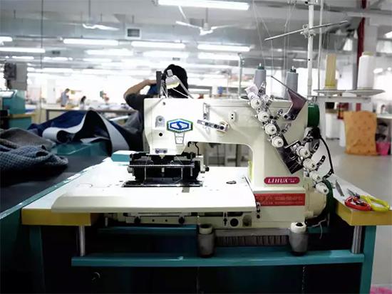 摩力克成品制造厂采用标准化生产流程