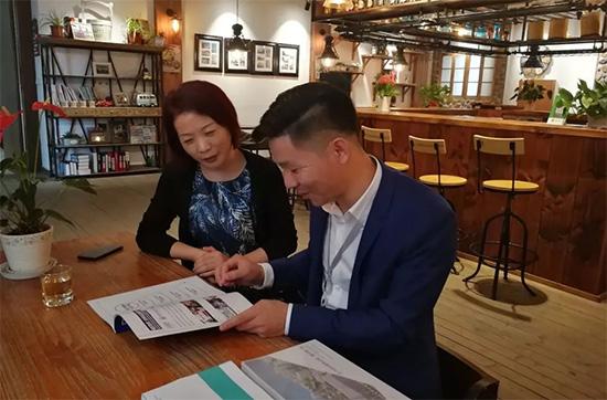 郝彬先生与宝缦家纺副总裁陆萍女士探讨了品牌定位