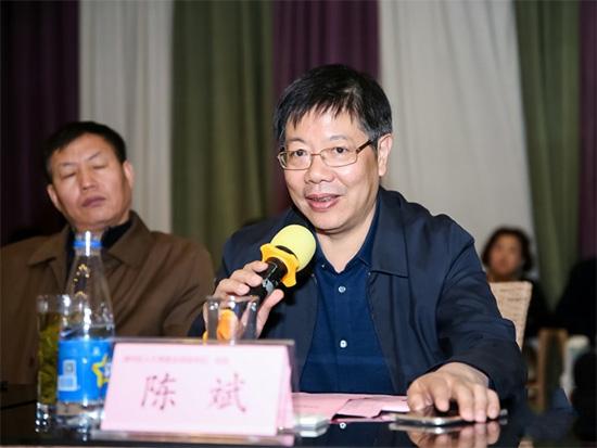 陈主任还向各位锦荣企业家介绍了南通近年来发展概况