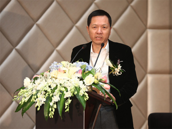 罗莱董事长薛伟成荣获改革开放40年南通民营企业家表彰