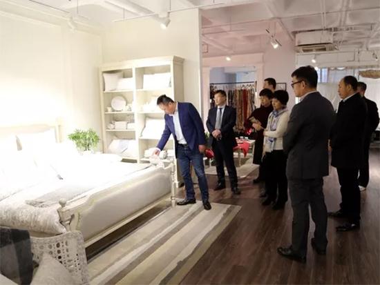 家纺行业部分企业领导参观考察了青岛莫特斯家居用品有限公司