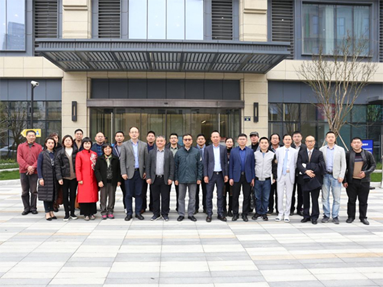 上海市家用纺织品行业协会会长一行莅临博洋家纺公司参观交流