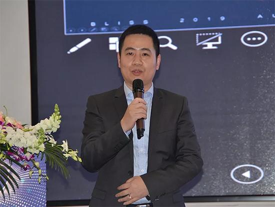 公司董事长李裕陆作百丽丝品牌发展规划