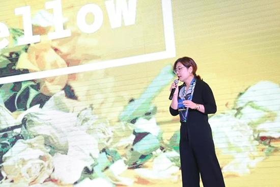 凯盛家纺研发部经理王蓓讲解2020春夏流行趋势
