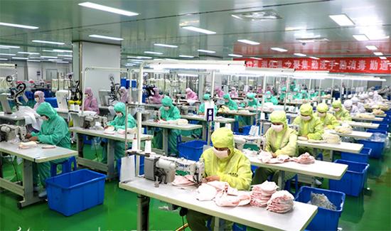 愉悦家纺口罩生产线
